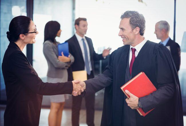 qualités-indispensables-metier-avocat