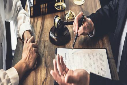 Les points communs entre un avocat et un juriste
