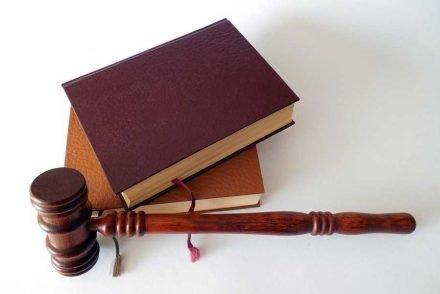 avocat en droit commercial