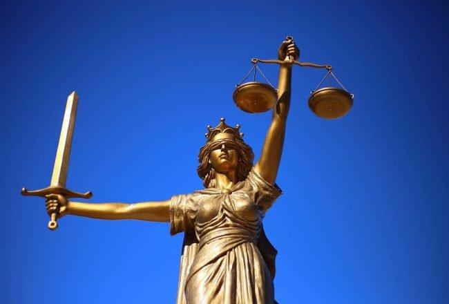 Les étapes pour devenir avocat